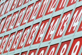 Υπολογισμός online ποια η διάμεσος, ο μεσαίος αριθμός ομάδας αριθμών