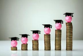 Υπολογισμός εξόδων σπουδών & ανατροφής για εφήβους – νέους 18+ ετών